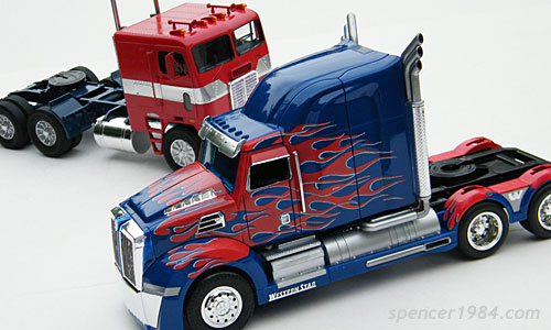 G1 and Age of Extinction Optimus Prime truck modes