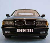 The Transporter BMW 930 0HV 06 license plate