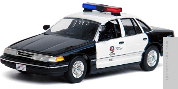 Transmorphers Fall Of Man Ford Crown Victoria Police Car