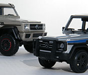 Jurassic World Mercedes-Benz G550 with Jada G63 AMG 6x6