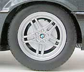 Paul's Model Art BMW 7 Series Wheel Detail