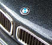 Paul's Model Art BMW 7 Series Hood Emblem