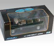 Welly 2001 Chevrolet Suburban Packaging
