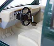 Welly 2001 Chevrolet Suburban Dashboard