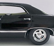 GreenLight Collectibles Supernatural 1967 Chevrolet Impala Sport Sedan wheel detail