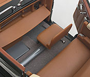 Yat Ming 1938 Cadillac V-16 Presidential Limousine rear seat